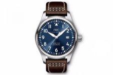 预算三万元,IWC万国和帝舵应该选择哪款手表
