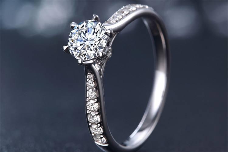 深圳钻石珠宝回收价格一般几折